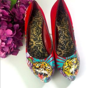 Ed Hardy Sexy Graphic Steel Heel Pumps Red Size 8